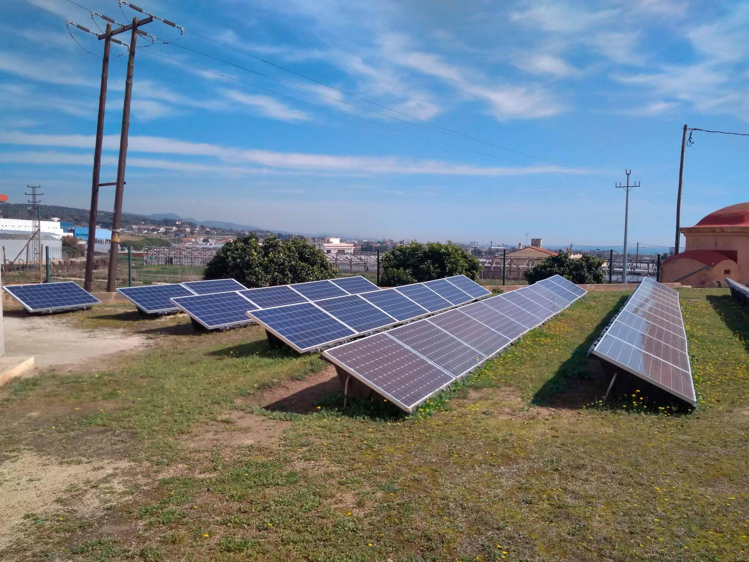 Fotovoltaica per bombeig submergible