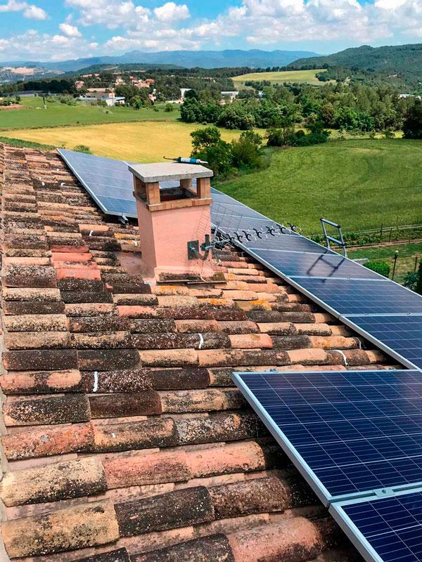 Instal·lació solar fotovoltaica domèstica 6kW
