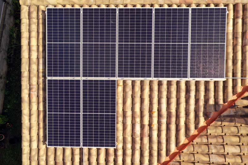 Instal·lació fotovoltaica domèstica a Prats de Lluçanès